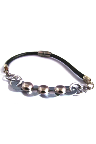 fabricated chain men bracelet with magnetic clasp