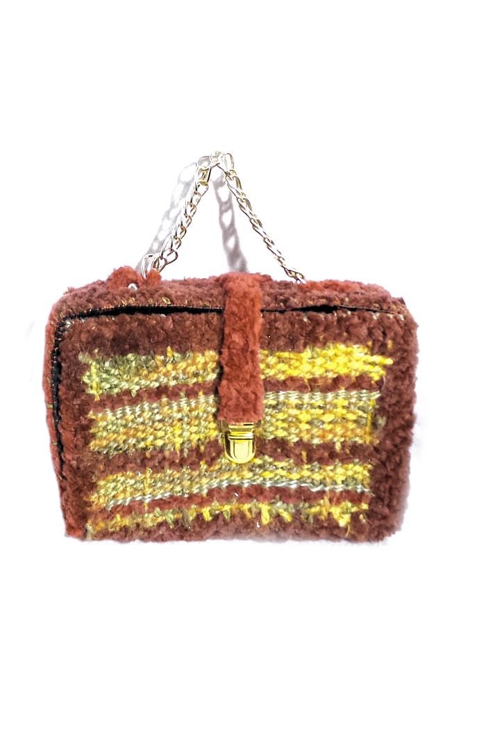 Woven yarn box clutch