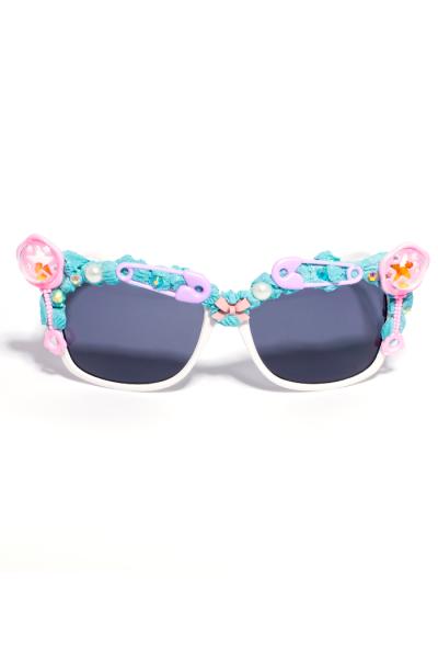 White framed baby rattle sunglasses