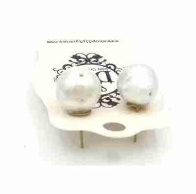 moon shapped large pearl stud earrings